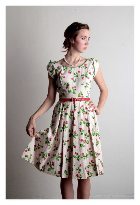 Hey, I found this really awesome Etsy listing at https://www.etsy.com/listing/157554424/vintage-dress-rose-print-mid-century