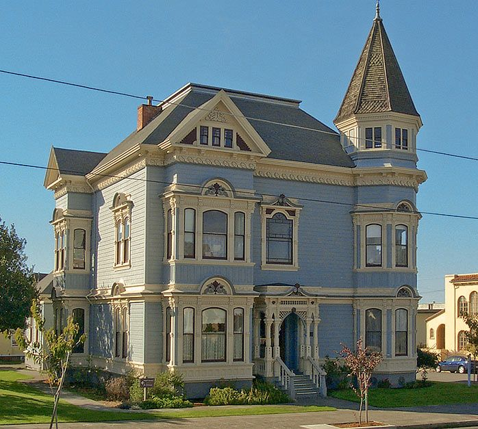 A two story victorian in eureka ca the victorian era for Double storey victorian homes