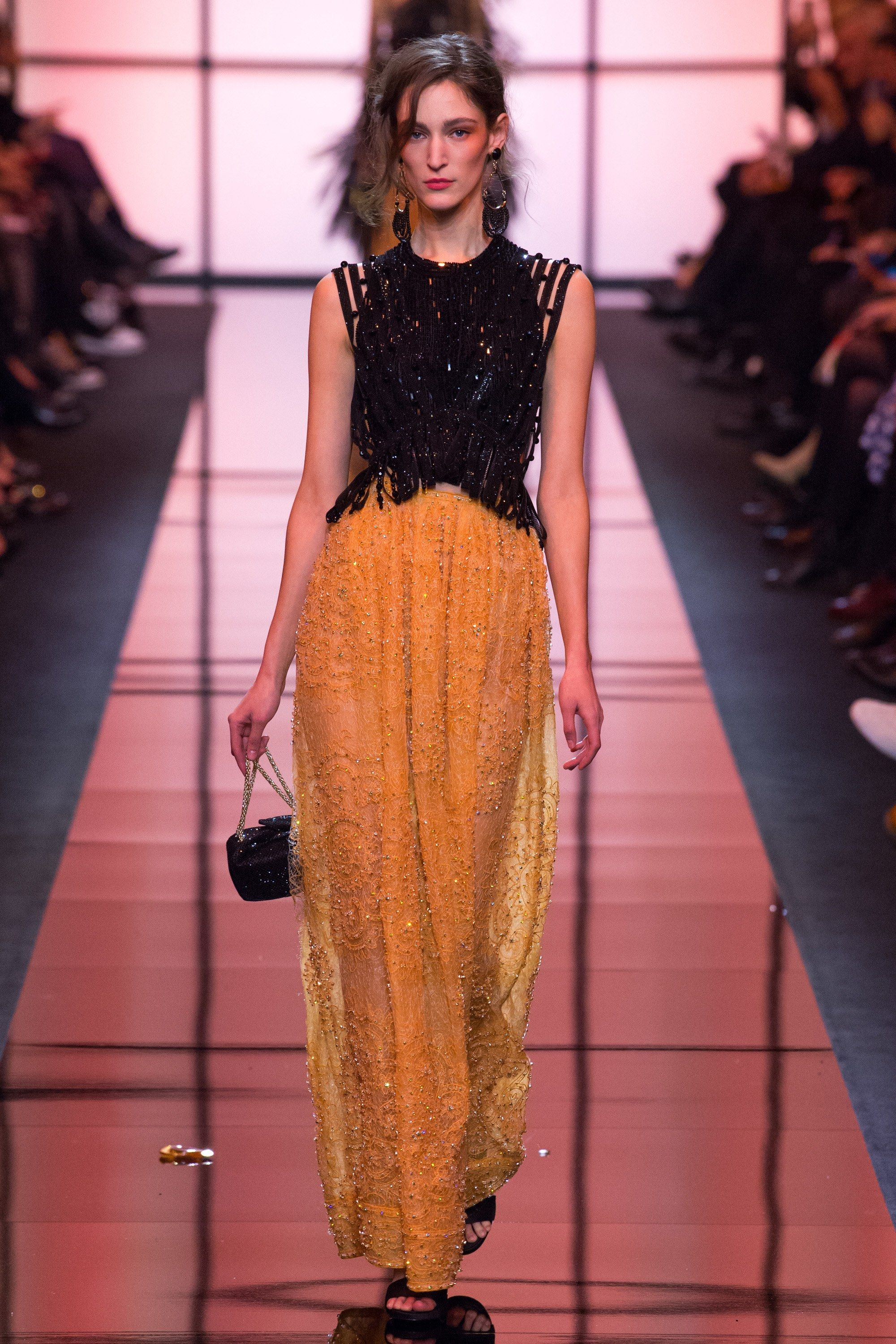Fashion week Prive armani haute couture spring for woman