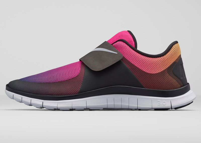 Bañera conjunto casado  Simple Velcro Sneakers | Nike, Jordan shoes retro, Nike boots
