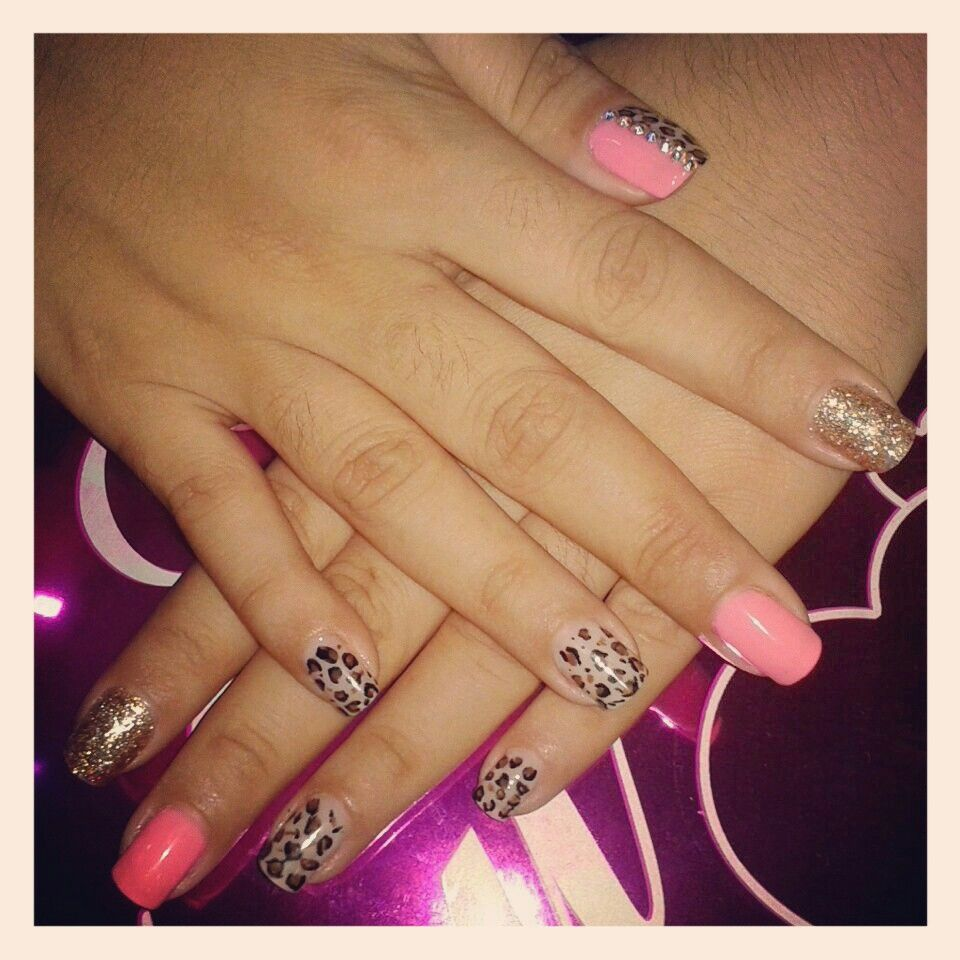 Cow nails Amazing!! | Cow nails, Animal nail designs