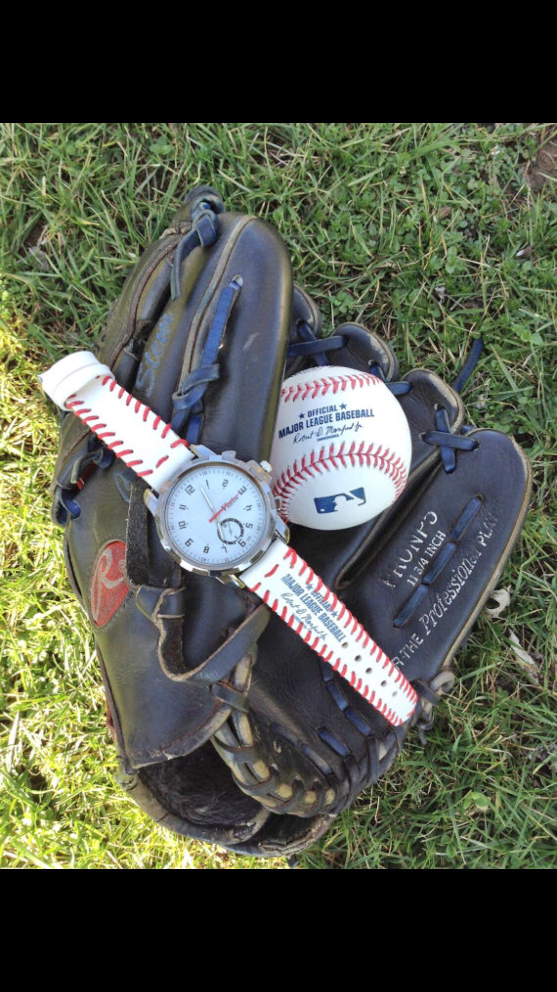Beautiful Watch With A Strap Made From A Baseball Leather Baseball Watches Major League Baseball