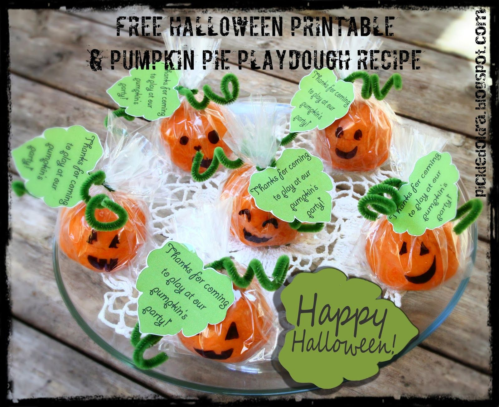 Pickled Okra by Charlie: Happy Halloween! Pumkin Pie Playdough Recipe & Free Printable Party Favor Tags