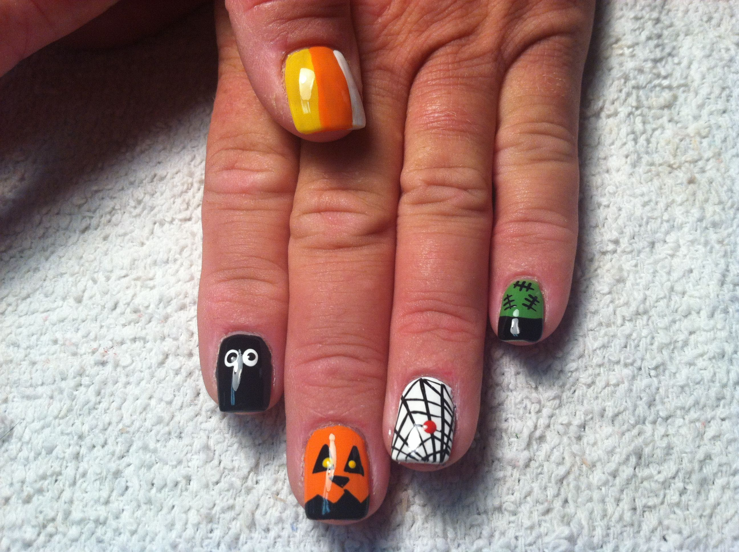 Free hand nail art by penny brown miss robin nail art by penny