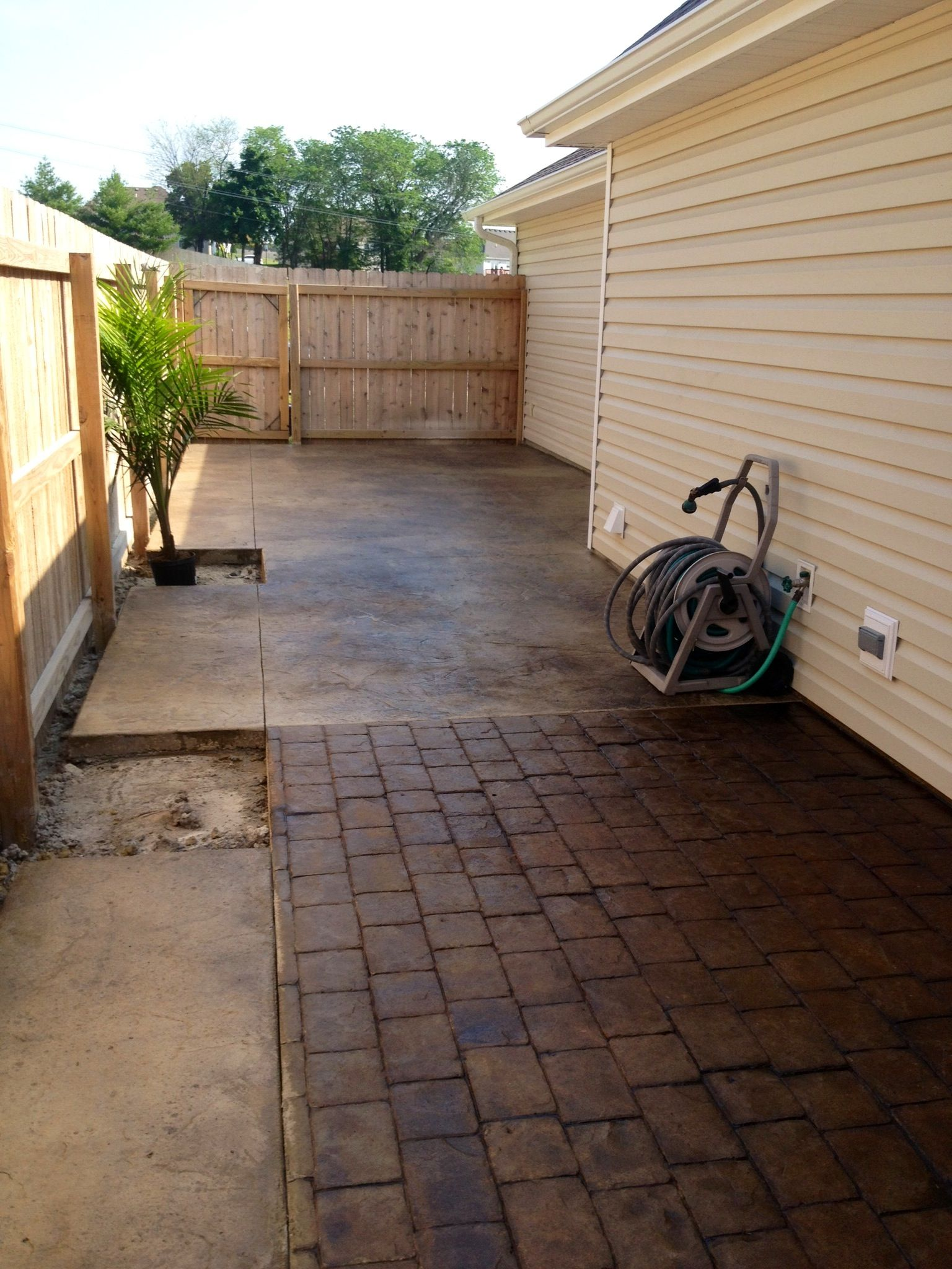 Pin By Jodie Hummer On Concrete Stamped Patio Patio Beautiful Patios Backyard
