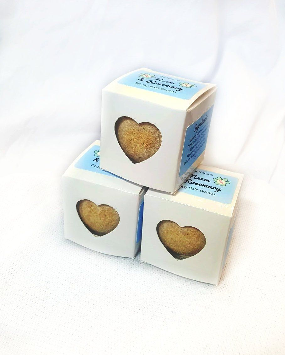 Neem And Rosemary Dog Bath Bomb With Gift Box, Natural