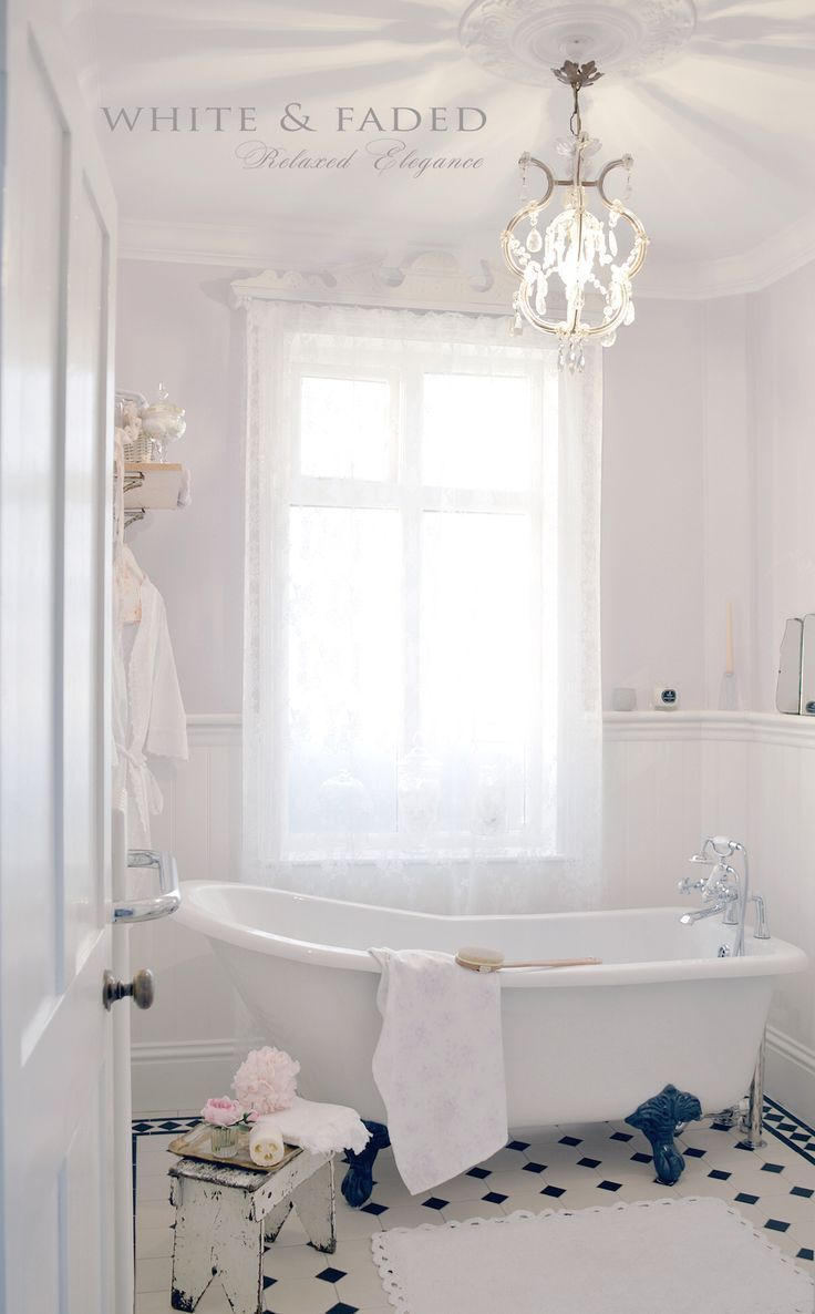 Romantic Shabby Chic Bathroom | Shabby chic bathrooms | Pinterest ...