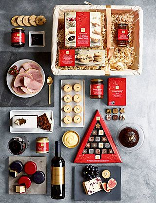 Christmas Selection Hamper Pre Order M S Food Gifts Christmas Hamper Food Hampers