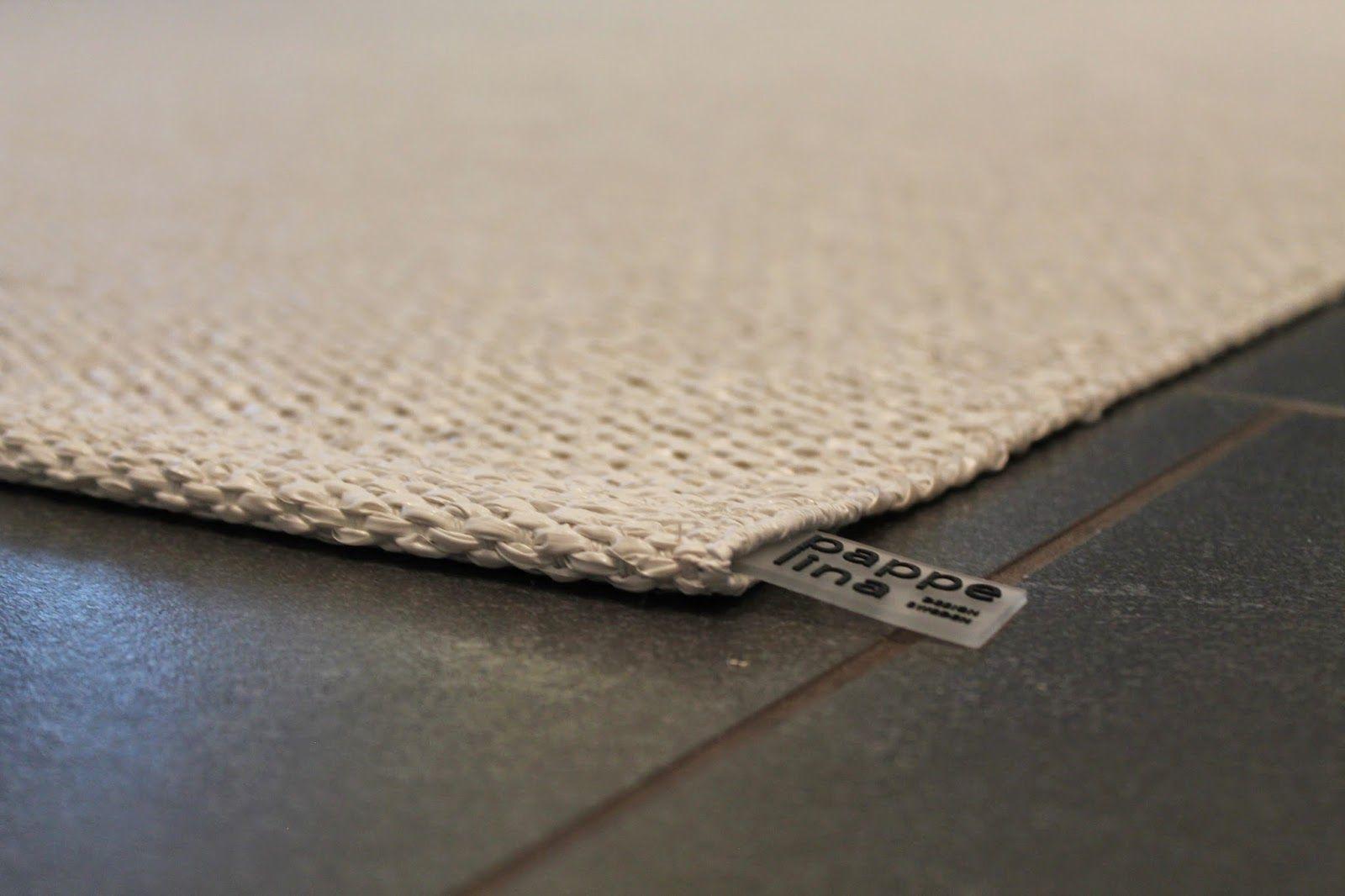 k o t i p o r s t u a: Pappelina Svea Metallic White –matto olohuoneessa
