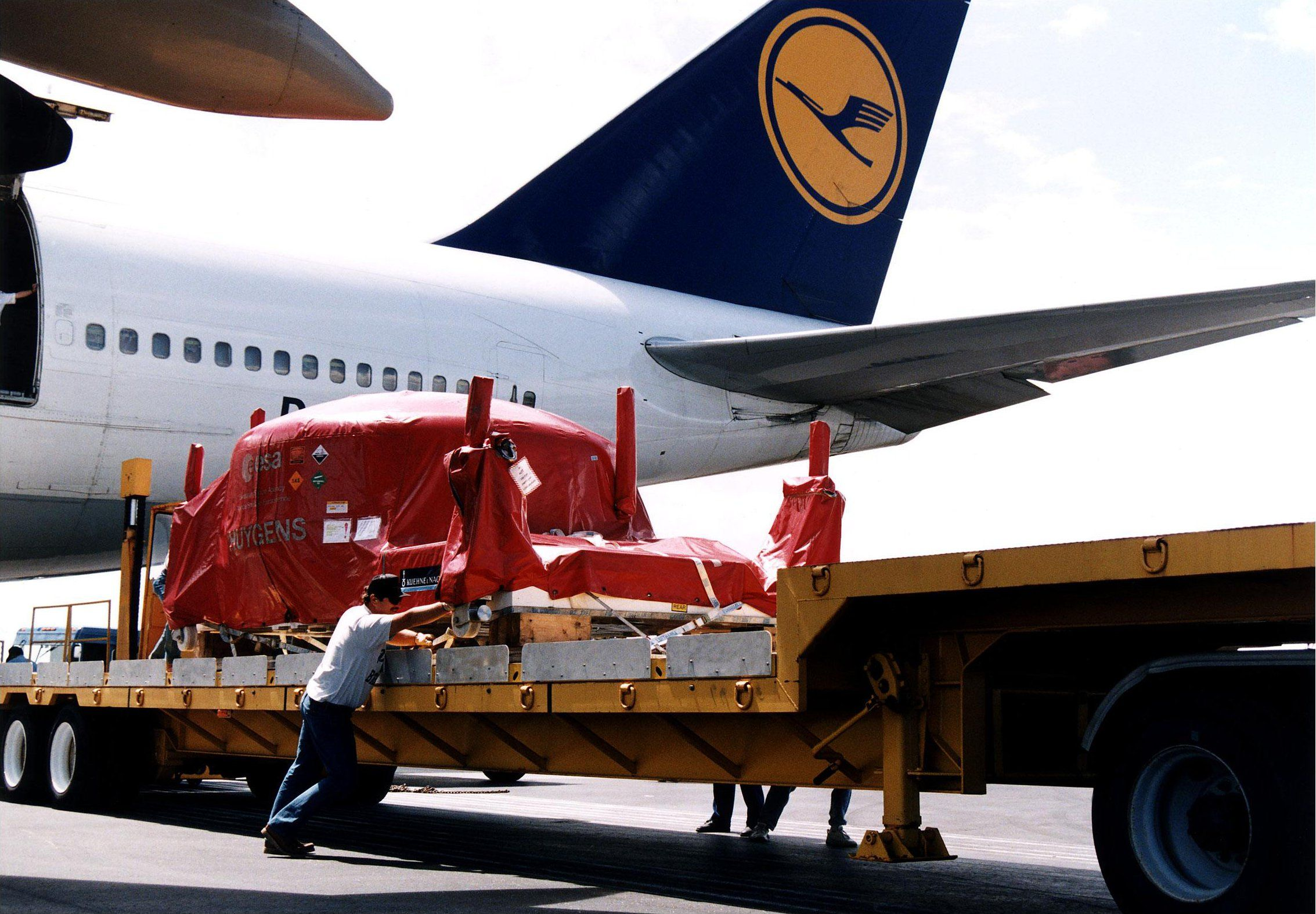 Lufthansa-Piloten streiken von Falk Werner · http://reisefm.de/luftfahrt/lufthansa-piloten-streiken/ · Die Lufthansa-Piloten werden streiken. Mehr als 95 Prozent voteten für einen Ausstand, teilte die Pilotengewerkschaft Cockpit mit.