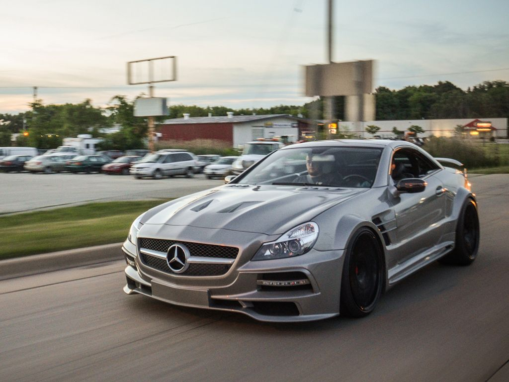 Our mb sl with sr66 1 body kits by suhorovsky design for Mercedes benz body kit