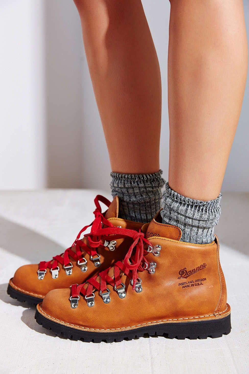 0e69a37f7ae Danner Mountain Light Cascade Boot   My Style ▵・   Boots, Danner ...