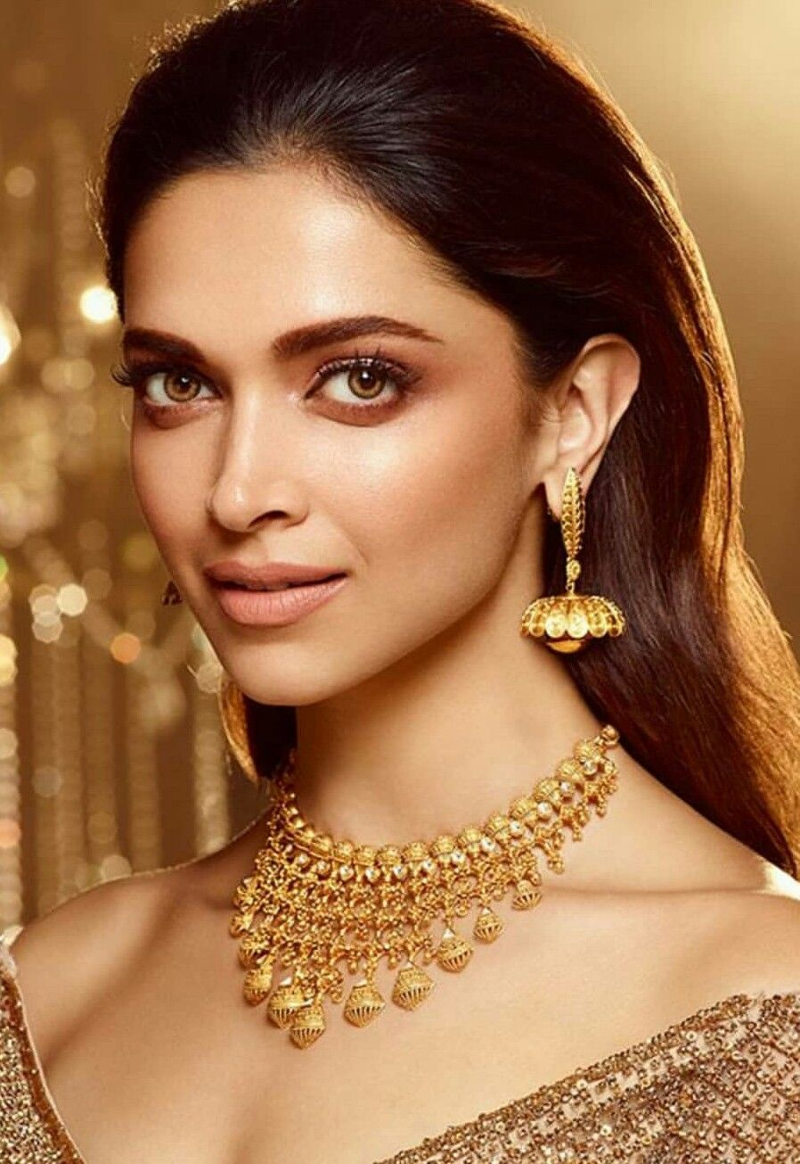 Pin By Follower On Deepika Padukone Tanishq Jewellery Bridal Gold Jewellery Designs Bridal Fashion Jewelry