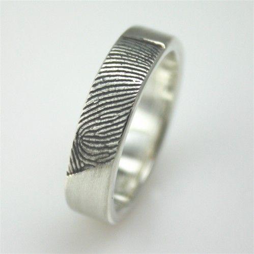 Elegant Custom fingerprint wedding bands from Fabuluster