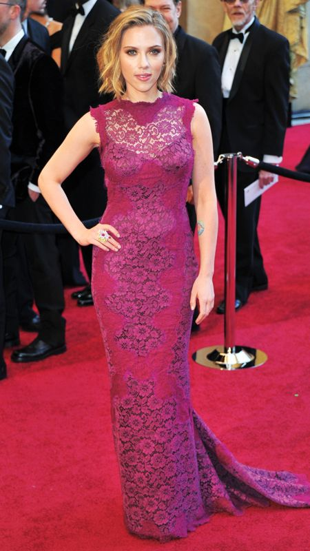 Style File Scarlett Johansson S 10 Best Red Carpet Looks Ever Scarlett Johansson Fashion Red Carpet Dresses