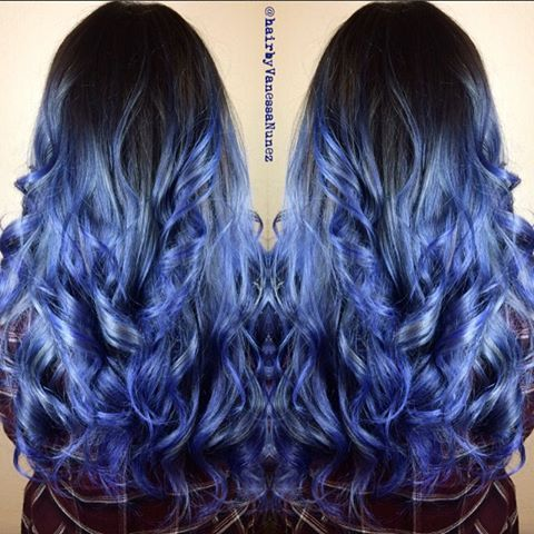 Wednesday blues ⛈  base Joico Sapphire blue mixed with Pravana black ⛈ ends titanium mixed with sapphire blue #bluehair #blueombre #balayage #balayageombre #silverblueombre #joico #sombre #rainbowhair #mermaidhair #modernsalon #behindthechair #authentichairarmy #sandiegocolorist #sandiegohairstylist #hairbyvanessanunez #unicorntribe