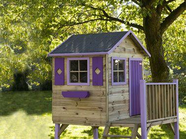 La cabane en bois dans le jardin les enfants adorent !   Cabane bois, Cabane exterieur enfant et ...