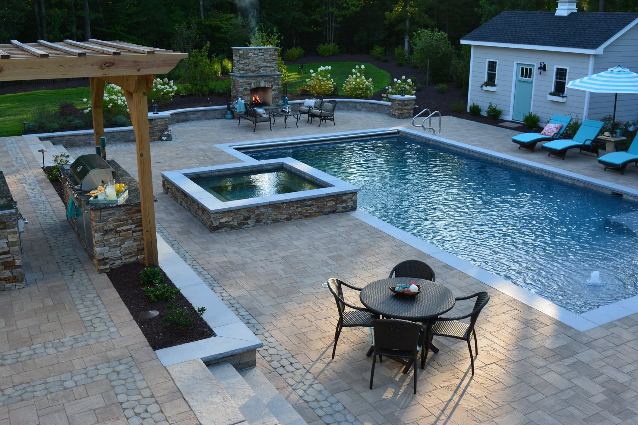 Spa Residential Rectangle Pool Tanning Shelf