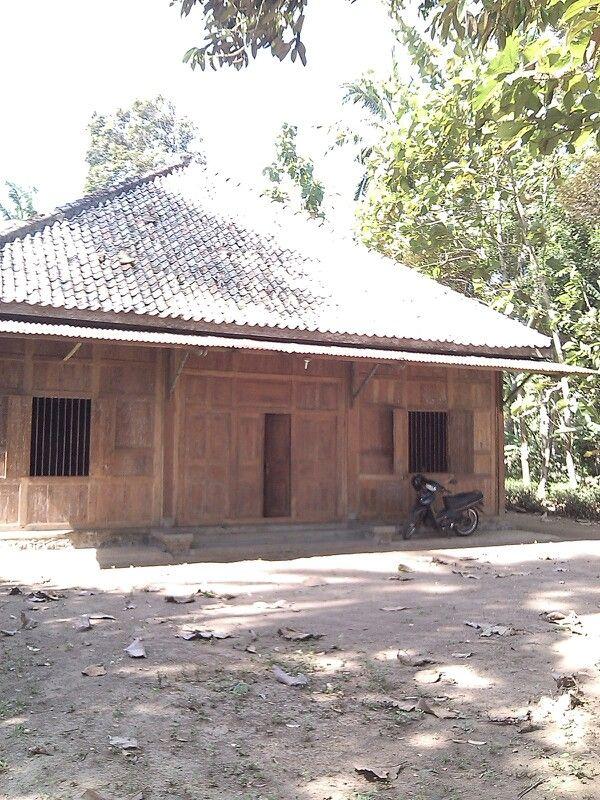 Rumah Kayu Limasan Rumah Kayu Jawa Tengah Pinterest
