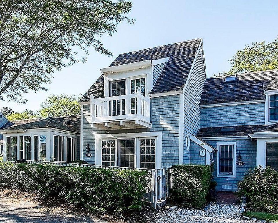Cape Cod Beach House Village Coastal cottage