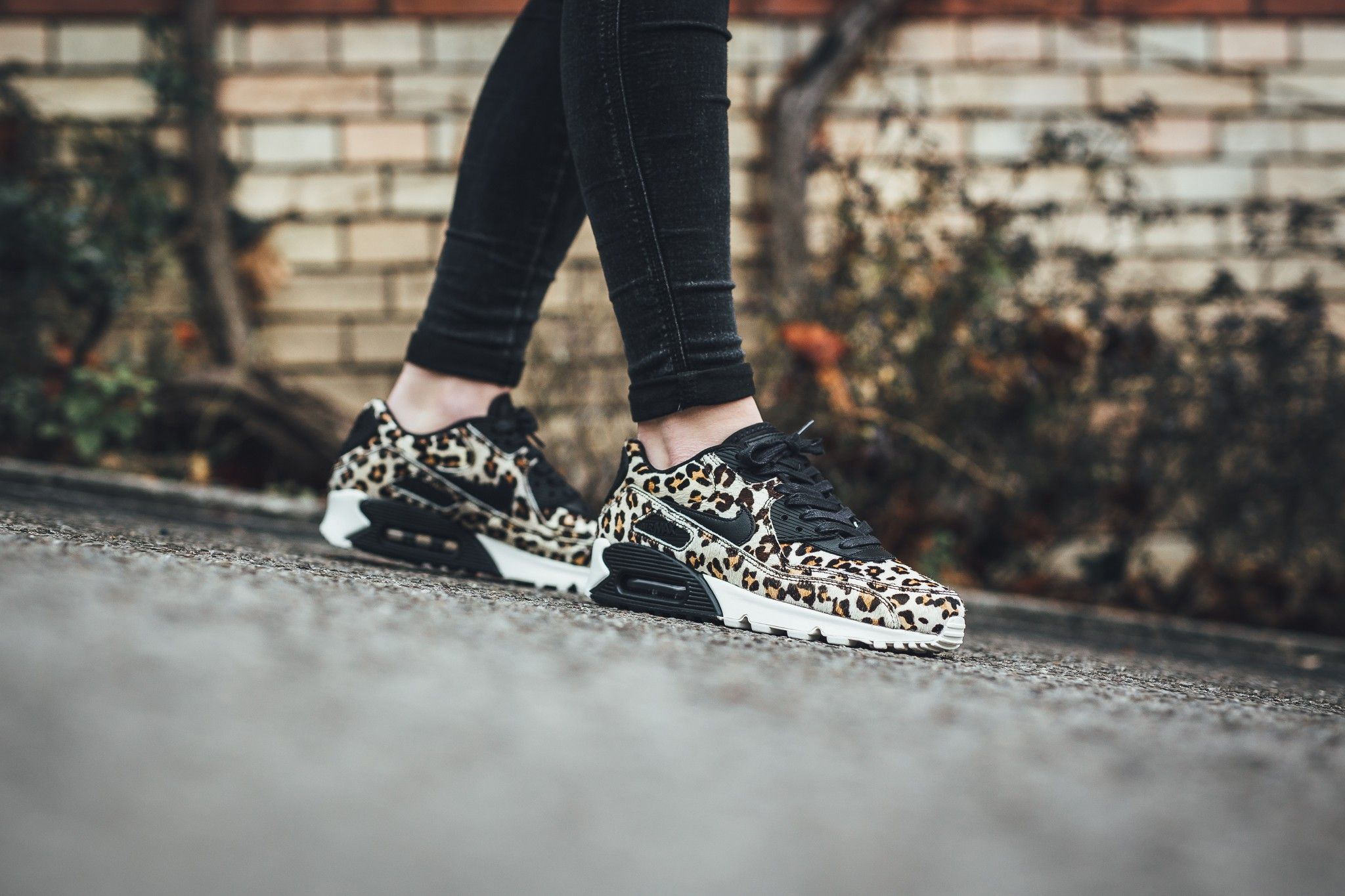 nike air max 90 lx animal pak