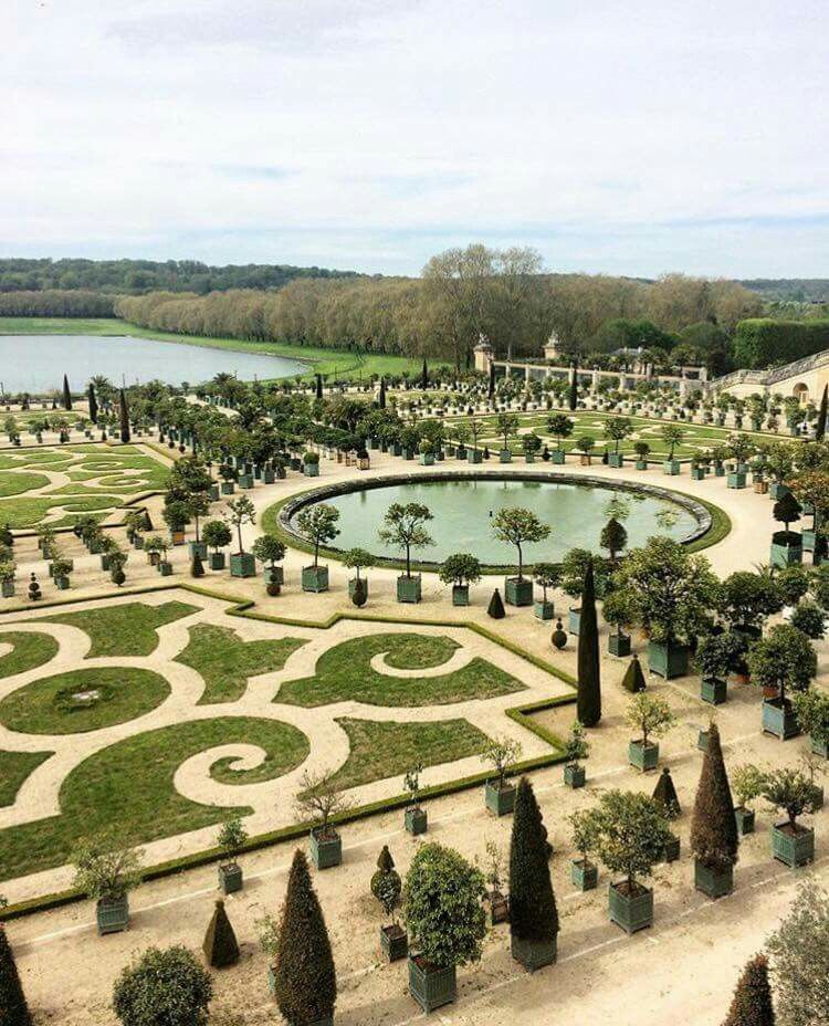 Chateau De Versailles Le Jardin Great Place For A Wedding