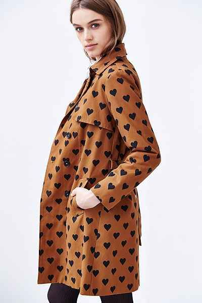 printed heart trench coat - urban outfitters