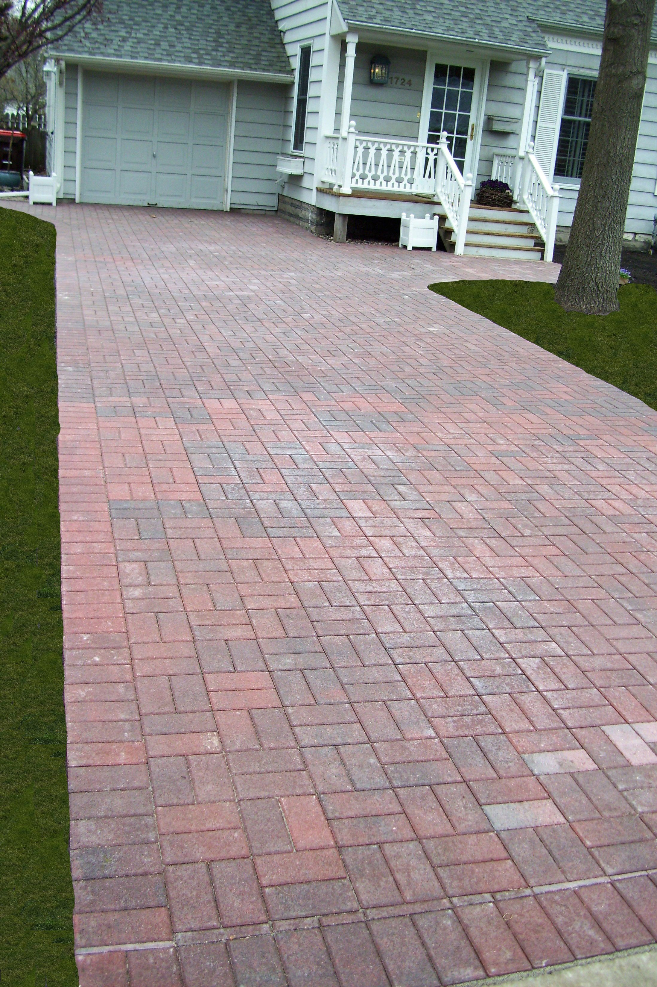 Red Charcoal Color Holland Paver Driveway Basket Weave Pattern