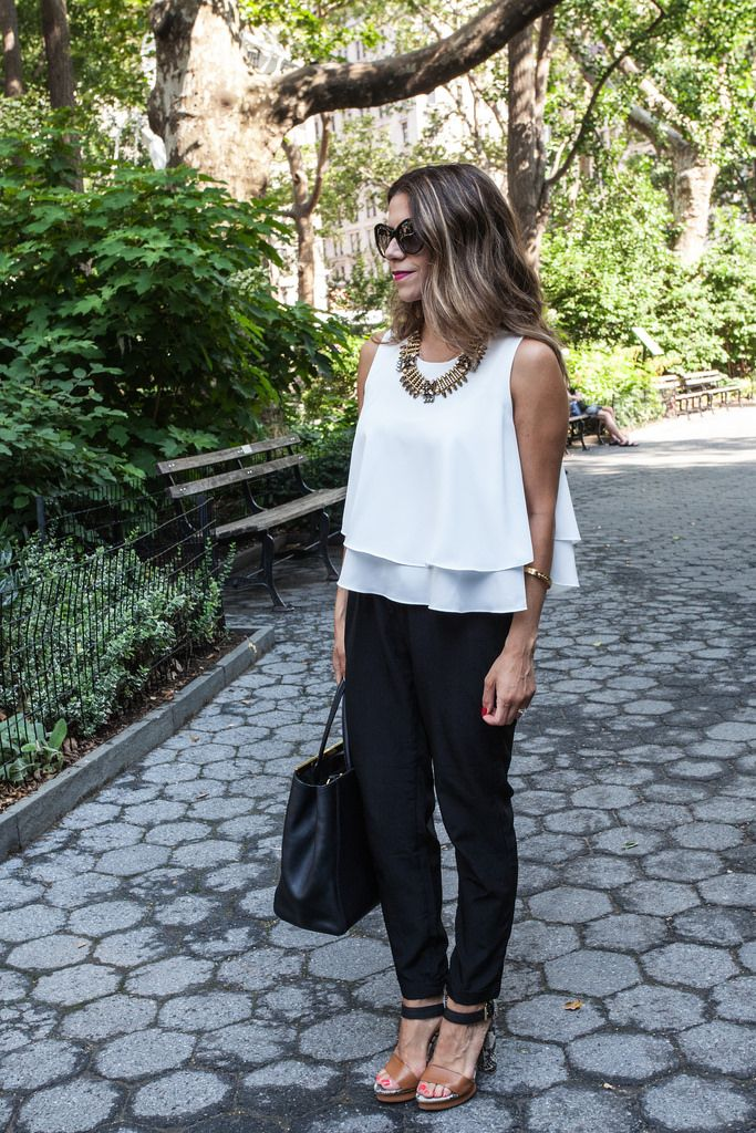 Black white outfit nyc blogger zara crop top skinny black pants black pants color block heels fendi 2jour fashion blogger casual outfit for the day the Limited prada sunglasses
