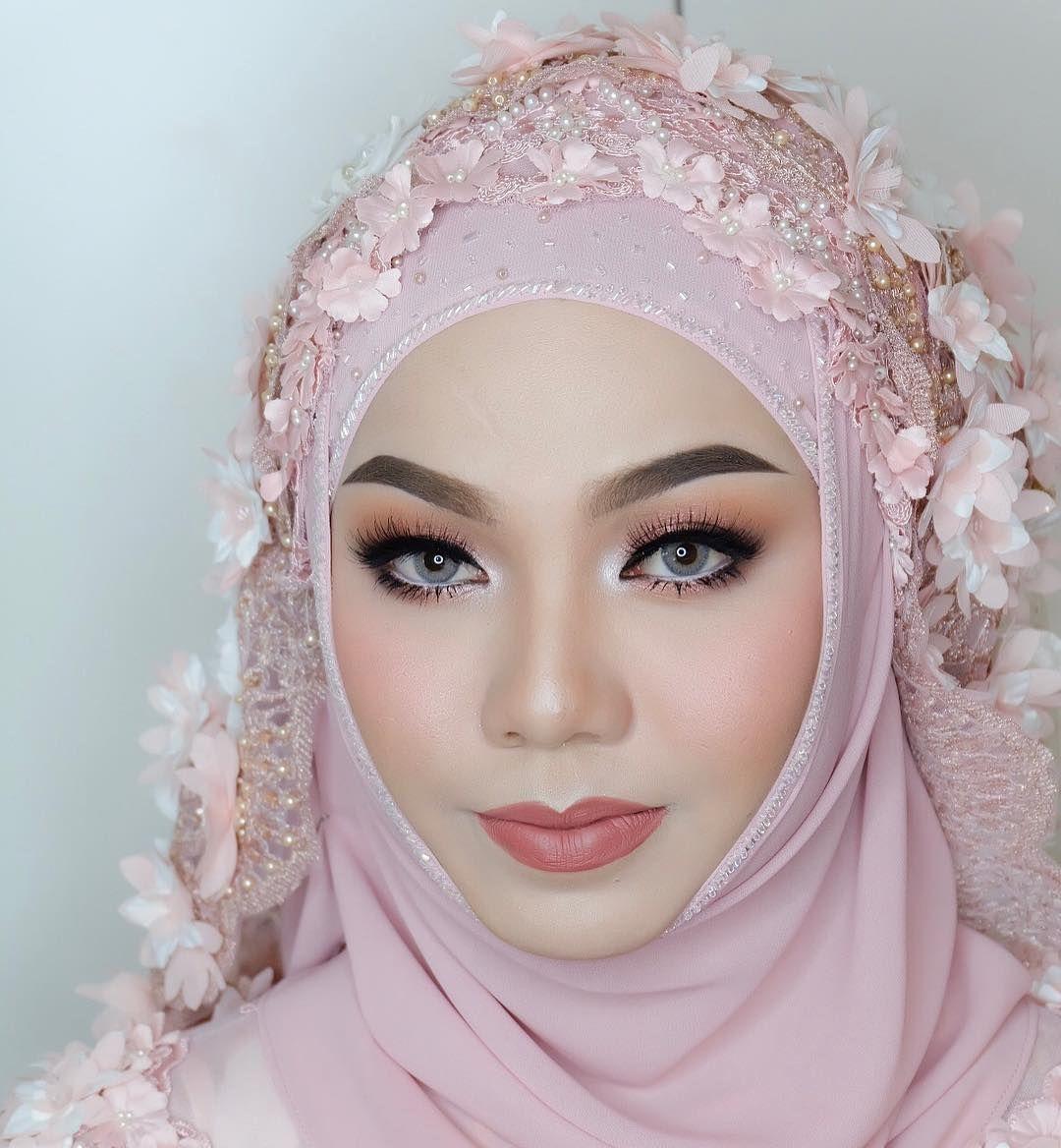 "Mnnnb…"" Wedding makeup, Insta wedding, Makeup"