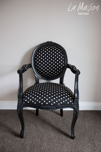Auckland based French Inspired Furniture with New Zealand wide delivery options. Chairs, Armoirs, Mirrors, Beds and more