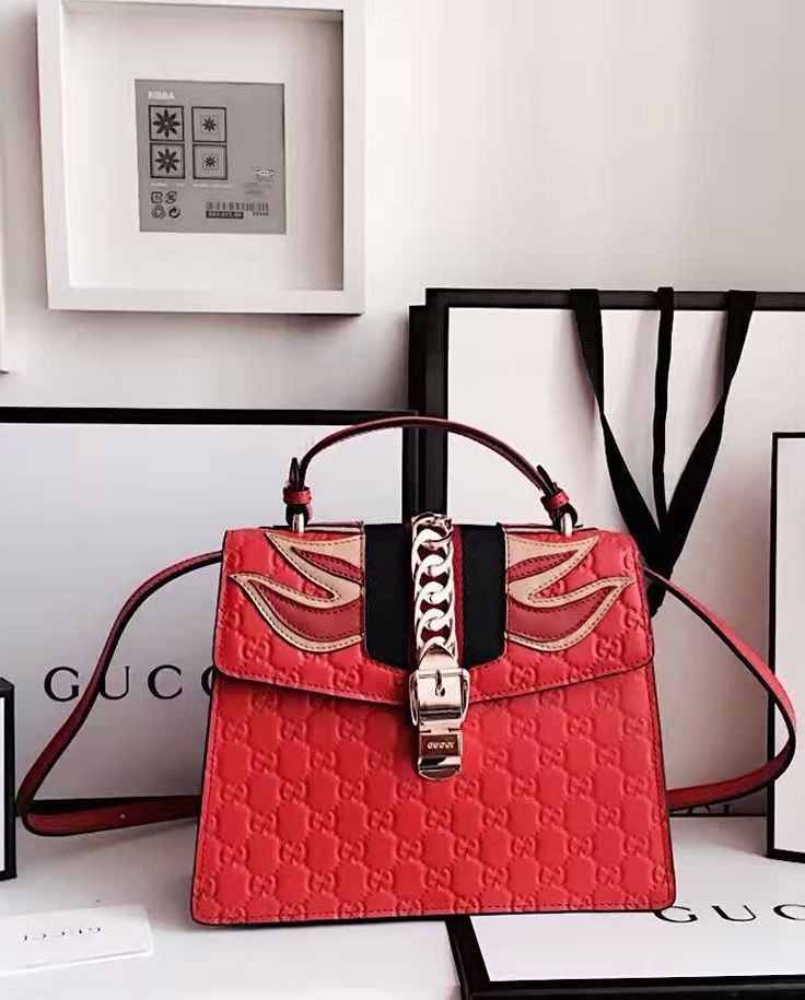 684a350a3c6e Gucci Sylvie Signature bag GU431665L-red   Purses, Scarves and More ...