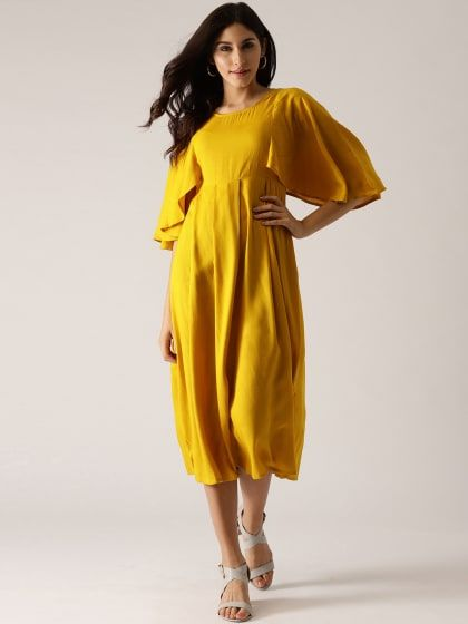 a06b4e6bc47f4d Mustard Solid Pleated Dress with flared Sleeve