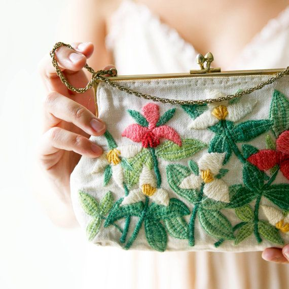 vintage purse; beautiful embroidery + colors!