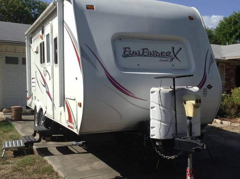 2011 Cruiser Rv Fun Finder X 210wbs Travel Trailers Rv For Sale By Owner In San Antonio Texas Rvt Com Used Rvs For Sale Used Travel Trailers Rv For Sale