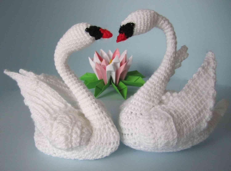 Schwäne häkeln - mit eigenen Händen... | AMIRUGUMI | Pinterest | Crochet
