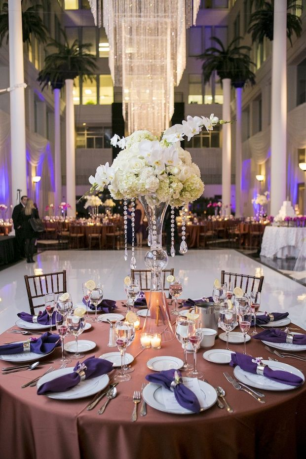 Questions to ask before booking your wedding florist centerpieces questions to ask before booking your wedding florist centerpieces florists and reception junglespirit Image collections