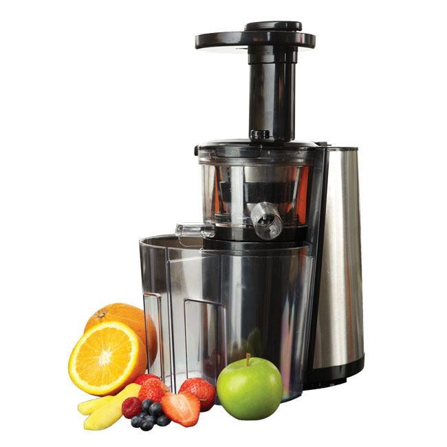 The Cucinare® Juice Doctor squeezes fruit, vegetables and nuts at a ...