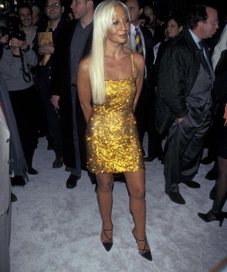 Donatella Versace 1997 Donatella Versace Fashion Versace Outfit