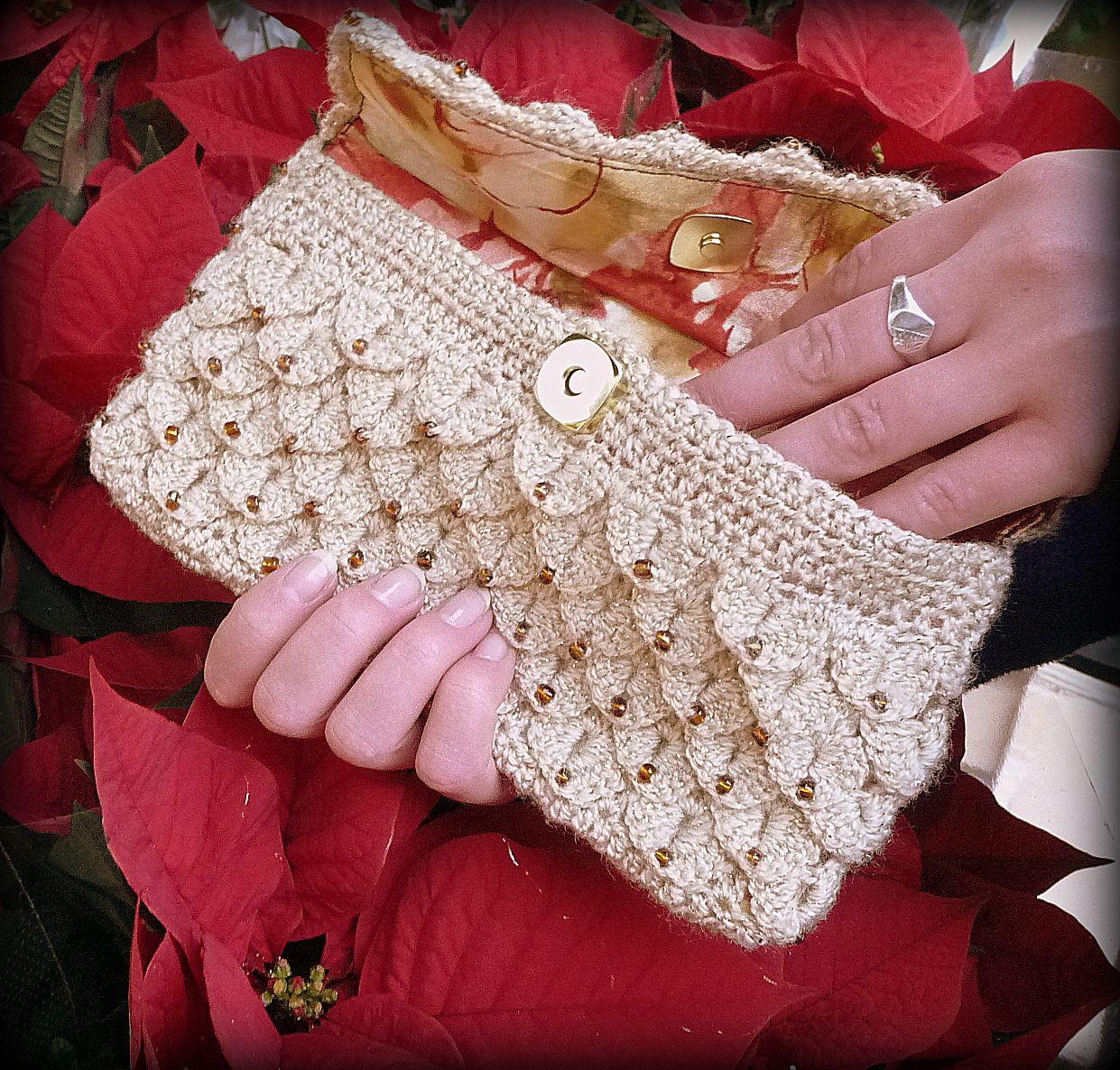 Crocodile clutch   crochet   Pinterest   Bolsos