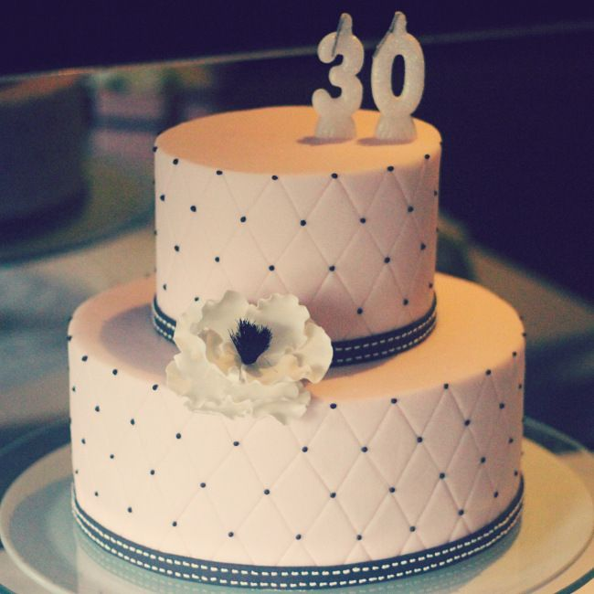 Paris Cake Table Mela De Bolo Birthday Macarons Pink And