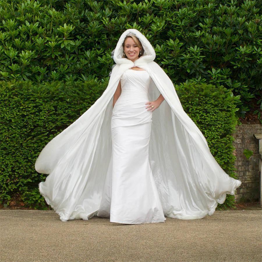 Elegant Warm Bridal Cape Ivory Winter Fur