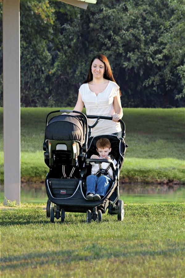 The BAgile Double Child Tray can be used on the left