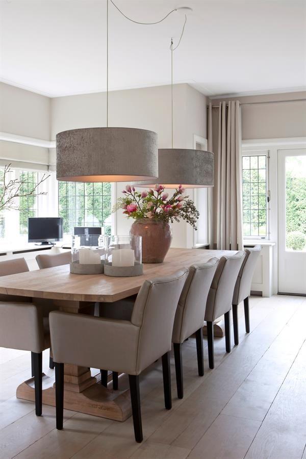 Esszimmer, Esstische und Esszimmer dekor, Esszimmer Sessel #esszimmer #esszimmer… - Tisch ideen#dekor #esstische #esszimmer #ideen #sessel #tisch #und