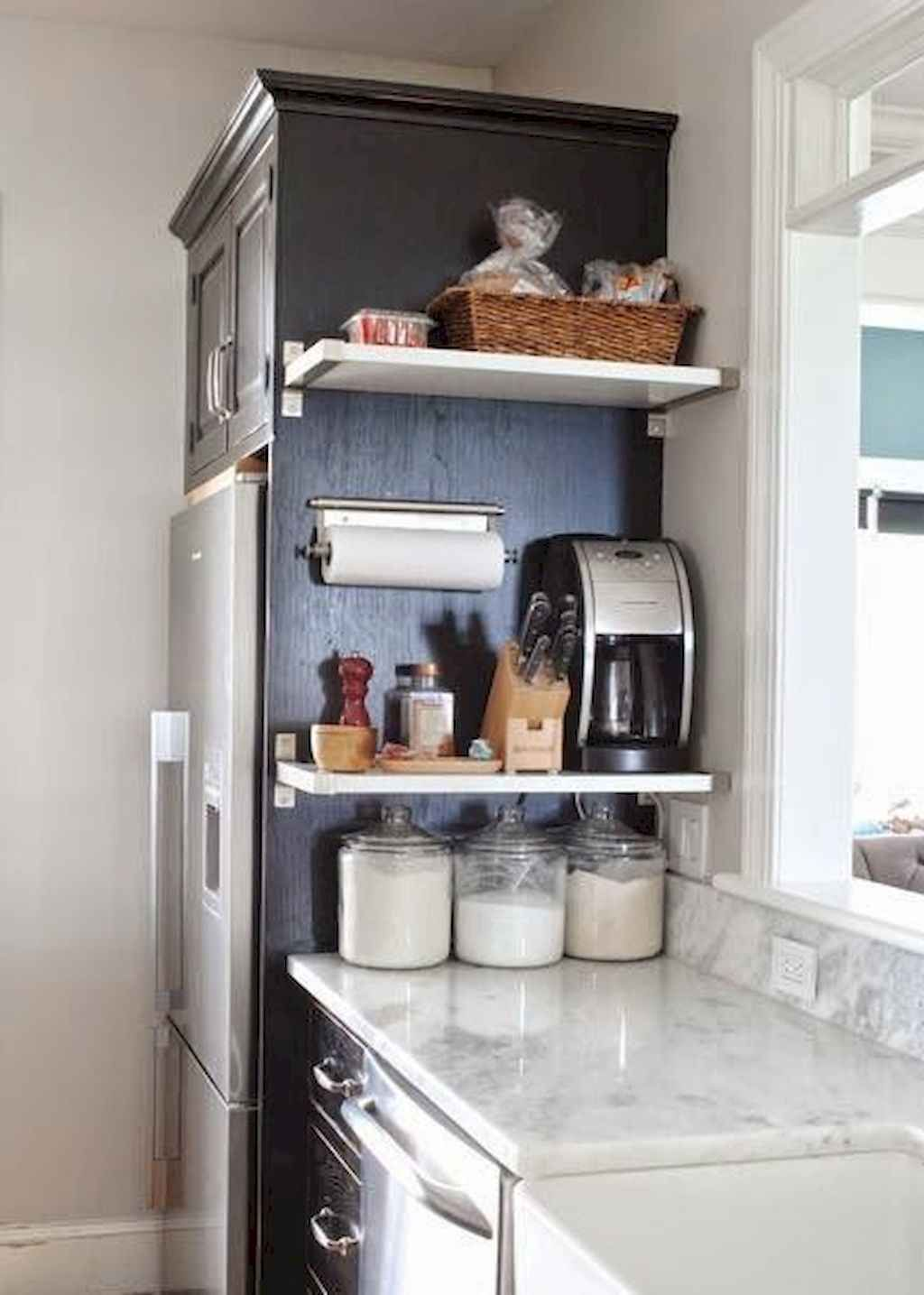 55 Diy Small Kitchen Storage And Organization Ideas Gladecor Com Small Apartment Kitchen Decor Small Apartment Kitchen Kitchen Diy Makeover