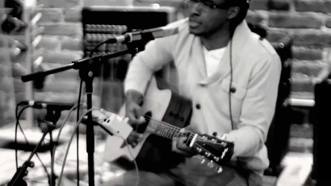 Jonathan McReynolds - Comin' Out (UNPLUGGED) (+playlist