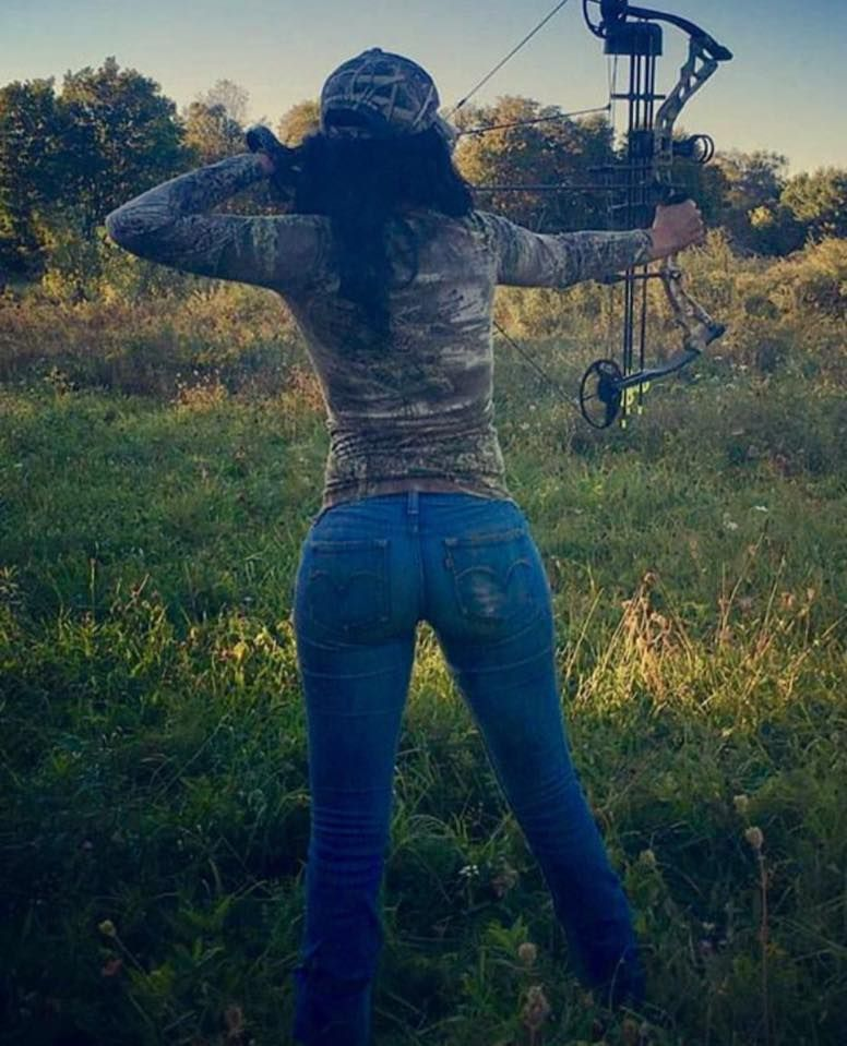My Kind Of Woman | Bow hunting women, Archery girl, Outdoor girls