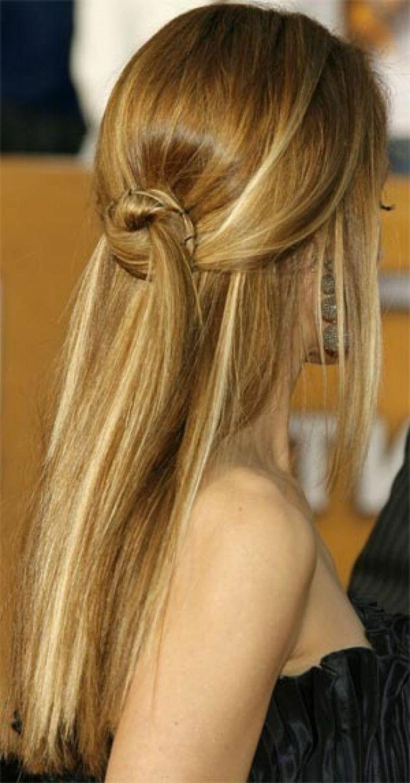semirecogidos mujer delgada con pelo largo liso semirecogido desenfadado con mechones cruzados ajustados con - Semirecogidos Pelo Liso