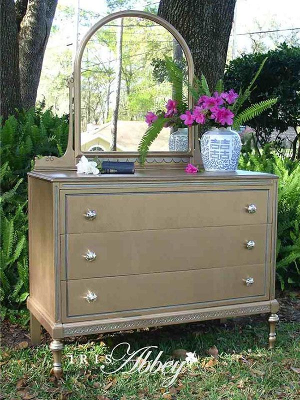 Warm Silver Metallic Paint By Modern Masters On Dresser And Mirror Project By Iris Abb With Images Metallic Painted Furniture Painted Furniture Chalk Paint Furniture Diy