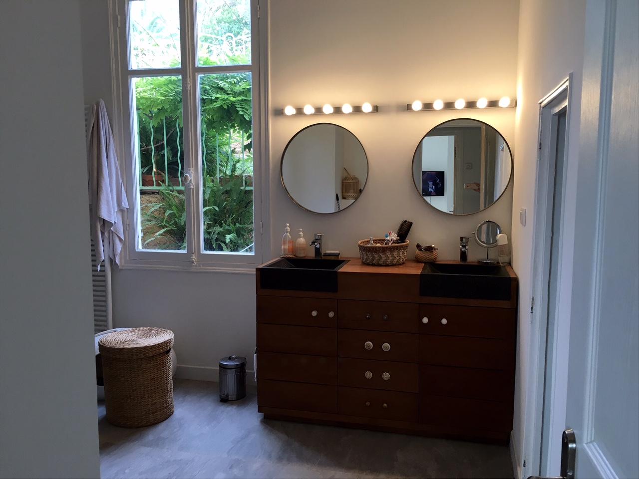 Creer Meuble De Salle De Bain meuble salle de bain en teck massif chez une client du 06